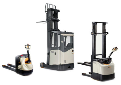 Stackers, pallet trucks and reach trucks
